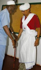 Obama in Kenyan Islamic attire